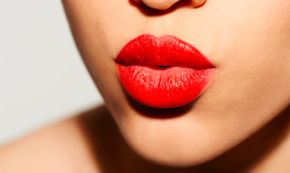 You Should Never Ignore These 5 Relationship Red Flags