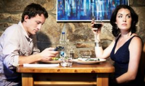 10 Tips For Seducing a Man Away From His Smartphone