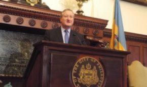 mayor-kenney-behind-podium-290x173