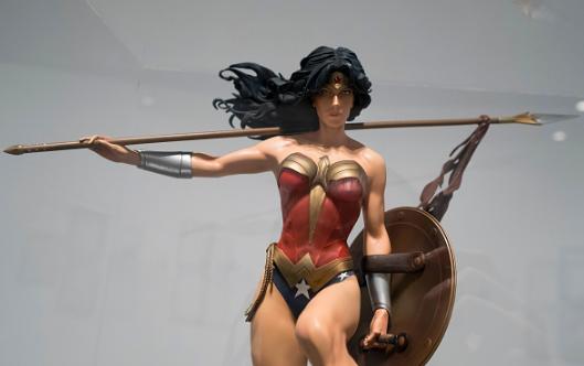 woman-hero