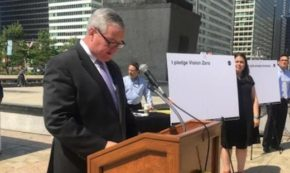 Don't Be Dumb with Smartphones, Suggested Philadelphia Mayor