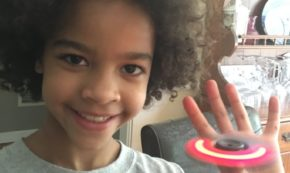 SPINZIPZ – Light up LED, Stackable, Fidget Spinners from ZING!