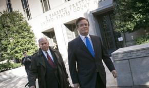 Experts: Papadopoulos, not Manafort-Gates Indictment, Implicates Russia