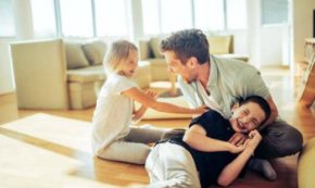 Top Reasons for Divorced Dads to WAIT to Introduce a New Partner to Their Child