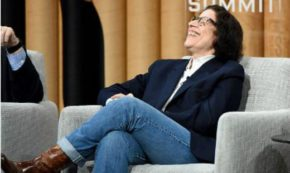 Nobody Loves a Smartass? Nonsense. I Give you… Fran Lebowitz.