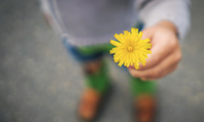 4 Ways To Be Fearlessly Generous