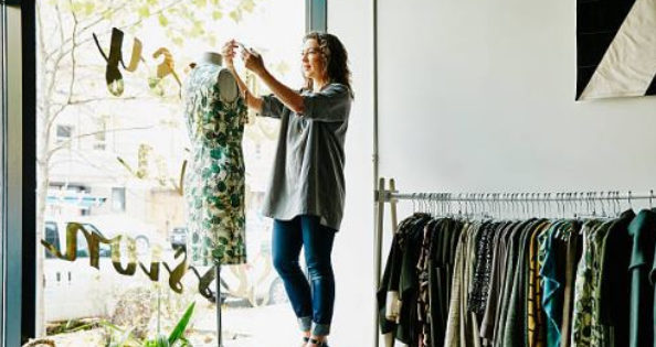 How to Launch a Successful Clothing Line