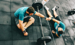 Men, Should You Ask Women Out on Dates at the Gym?