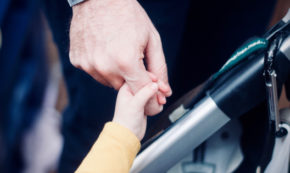 Babies Decrease Fathers' Testosterone