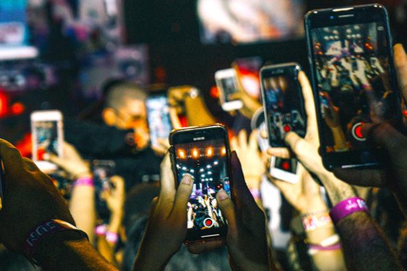 Smartphones: A Creative Crisis at Least