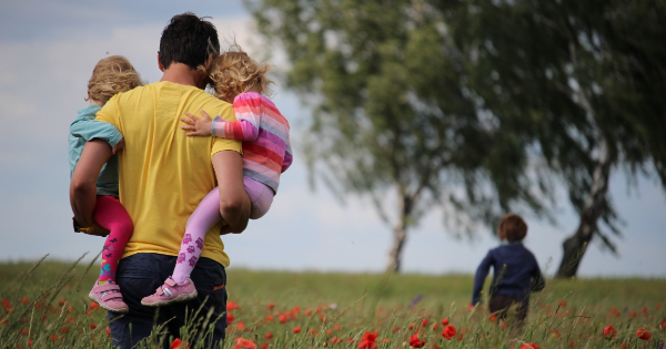The 6 Challenges of Co-Parenting vs Parallel Parenting