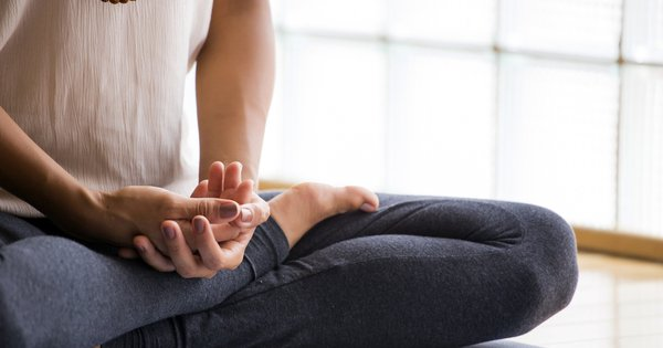 Why Meditate: 7 Reasons Backed by Studies