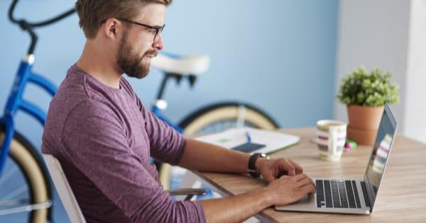 Asus VivoBook F510UA Laptop Review - The Good Men Project