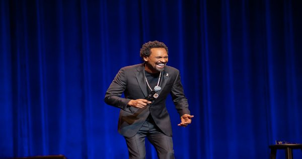 only one mike, mike epps, comedian, stand up, special, review, netflix