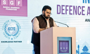 Mr. Kartikeya Sharma, Founder, Sunday Guardian Foundation, welcoming Hon'ble Minister, Hon'ble Member of Parliament and FDD delegation and all the speakers and distinguished guests