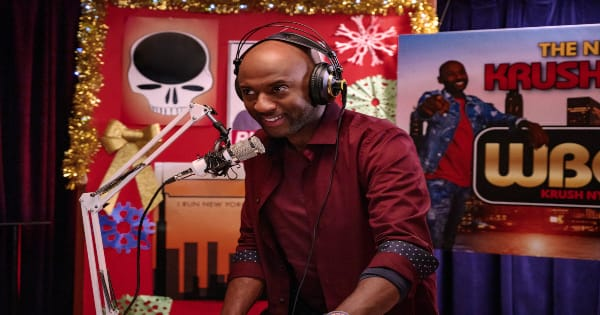 holiday rush, christmas, comedy, romany malco, deon cole, review, netflix