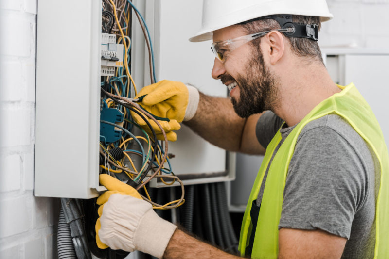 8 Reasons to Pursue a Career as an Electrician - The Good Men Project