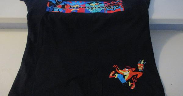 crash bandicoot, t-shirt, champion, athletic wear, gift guide, holiday, activision