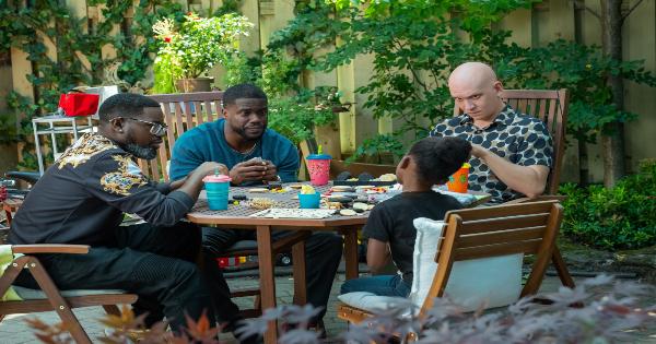 fatherhood, comedy, drama, kevin hart, lil rey howery, review, netflix